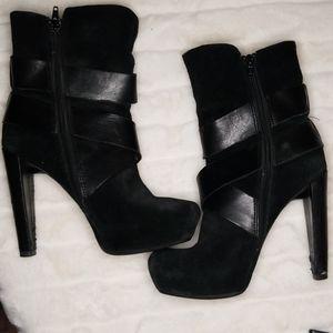 Jessica Simpson Black Suede Heel boots